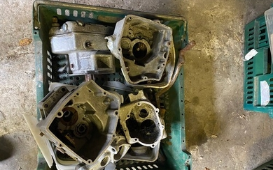 Assorted Velocette spares: Various gearbox shells