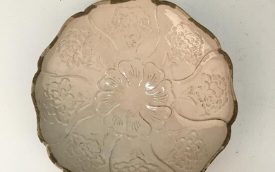 Chinese Ding Ware Dish