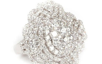 Diamond 18K white gold openwork pave ring. Ring size 6