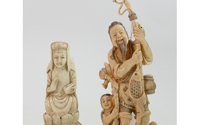 Two antique Chinese ivory figures: Late 19th/early 20th cent...