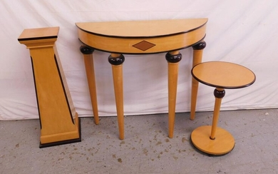 3 Modern Classical Style Stands