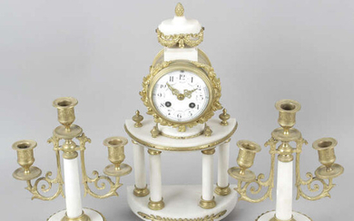 An early 20th century French garniture.