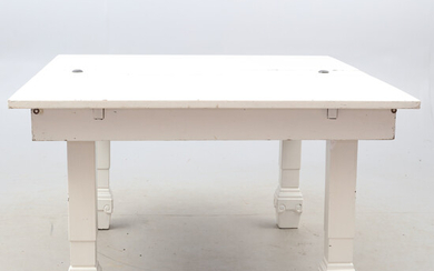 DINING TABLE, I.