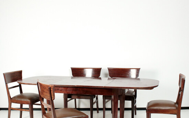 Dining table group: chairs, armchairs and dining table from the 1930s / 40s.