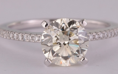 Ring in 18kt with brilliant cut diamond 2.00ct