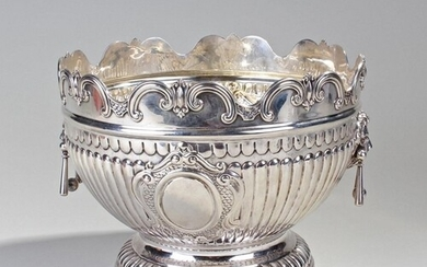 Victorian silver monteith bowl, London 1901, maker Richard M...