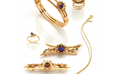 Yellow gold jewellery set with half pearls and blue glass paste consisting of a bracelet with diam. cm 5.6 circa,…Read more