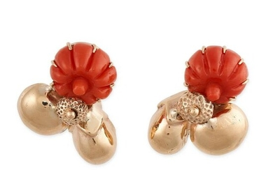 A PAIR OF VINTAGE CORAL CLIP EARRINGS in 14ct yellow