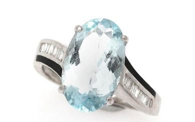 NOT SOLD. An aquamarine and diamond ring set with an aquamarine flanked by numerous diamonds, mounted in 14k white gold. Size 53. – Bruun Rasmussen Auctioneers of Fine Art