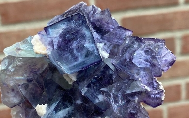 Beautiful Blue Fluorite with Dolomite Crystals on matrix - 75×65×30 mm - 159 g