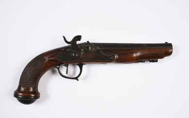 TRANSFORMED SILEX PERCUSSION OFFICER'S PISTOL.Flat-body lock. Missing the ramrod. Does not work.Late 18th - early 19th century. L. 29cm. A lightened sword, model 1831, is attached. Mame marked COULAUX A KLIGENTAAL. Oxidations.