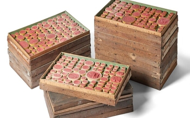 18 TRAYS OF CLASSICAL GRAND TOUR CAMEO IMPRONTE IN RED