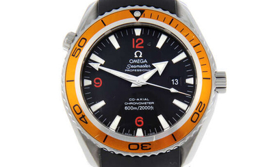 OMEGA - a gentleman's stainless steel Seamaster Professional 600M Co-Axial wrist watch.