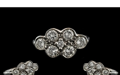 18ct Gold - Attractive Diamond Set Cluster Ring. Fully Hallm...