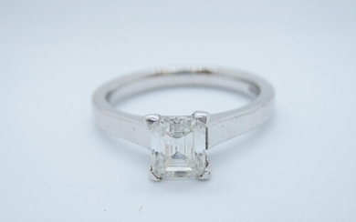 A Diamond single stone Ring, corner claw-set radiant-cut sto...