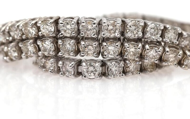 NOT SOLD. A diamond bracelet set with numerous diamonds weighing a total of app. 2.89 ct., mounted in 14k white gold. L. app. 19 cm. – Bruun Rasmussen Auctioneers of Fine Art