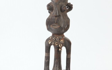 AFRICAN WOOD FETISH DOLL, POSSIBLY MAMBILA TRIBE FROM CAMEROONS PLATEAU....