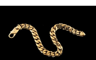 9ct Gold - Good Quality Curb Bracelet, Strong Clasp. Full Ha...