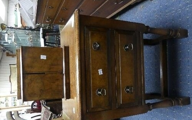 A Victorian walnut Table Top Cabinet / Jewellery Case, with ...