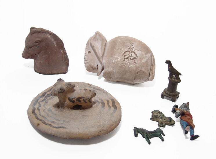 A mixed collection of 7 animal figurines