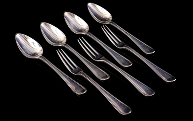 (-), Silver cutlery consisting of 4 spoons and...