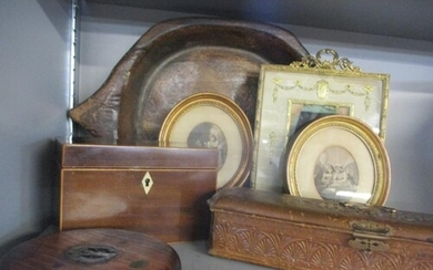 A late 19th/early 20th century leather glove box with gold c...