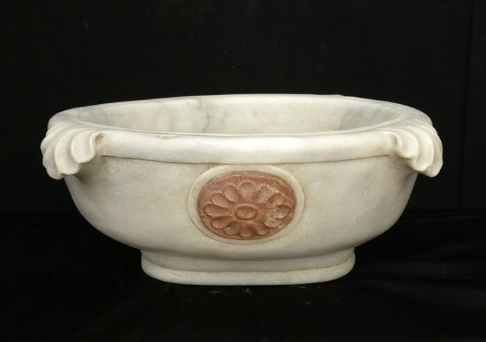 Elegant inlaid sink - 46 x 38 cm. - Carrara marble and red marble - 20th century