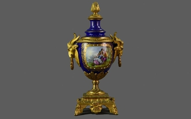 A LATE 19TH CENTURY ORMOLU MOUNTED CONTINENTAL PORCELAIN VASE AND COVER