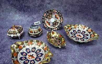 A Royal Crown Derby Imari Pattern 1128 Shaped Oval Dish, red...
