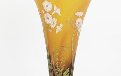 Late Daum Nancy-Style Footed Cameo Vase