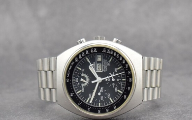 OMEGA Speedmaster gents wristwatch with chronograph in stainless...