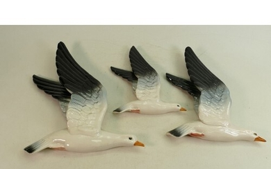 Beswick set of Seagull wall plaques: Wall plaques of Seagull...