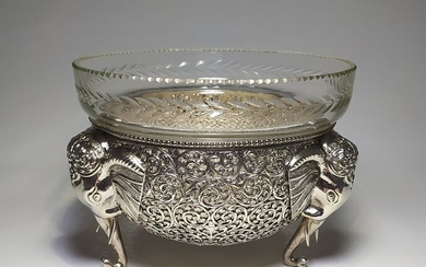 Silver Openwork Patterned Bowl - .800 silver - Italy - Late 19th century