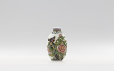 Snuff bottle - Enameled Glass - Flowers and Birds 2 - Signed by DOU MEI RONG - China - 21st century