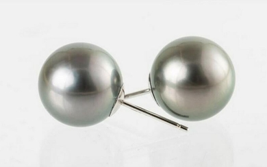12mm Round Green Tahitian Pearls - 14 kt. White gold