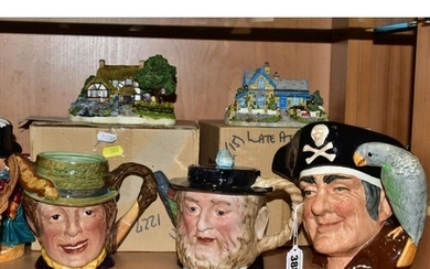 A GROUP OF ROYAL DOULTON, BESWICK AND OTHER CERAMICS, includ...