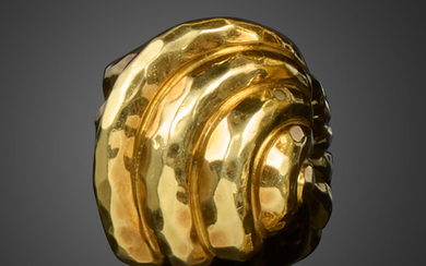 A gold cocktail ring by Henry Dunay