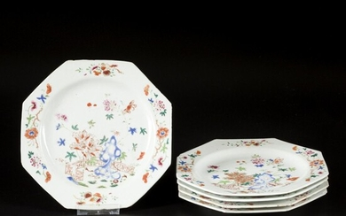 A set of (5) porcelain famille rose plates angled model, floral decor with trellis, China,...