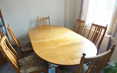 Good quality Ercol 'Saville' 7ft extending dining table toge...