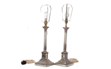 A MATCHED PAIR OF EARLY 20TH CENTURY CORINTHIAN COLUM TABLE LAMPS