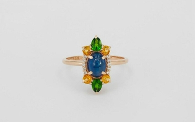 Gold ring with Sapphires, tsavorites and diamonds