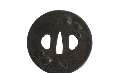 Tsuba (1) - Cast iron - Sea Shells - Shoami - Antique Tsuba for Samurai Sword (T-181) - Japan - Edo Period (1600-1868)