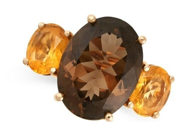 A SMOKY QUARTZ AND CITRINE RING in 18ct yellow gold