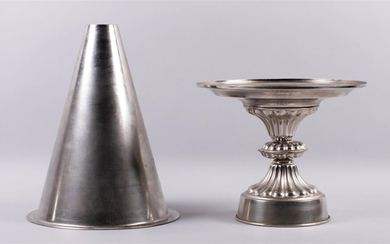FRENCH METAL PASTRY MOLD, LATE 19TH/EARLY 20TH CENTURY, FOR NATO'S 50TH ANNIVERSARY DINNER