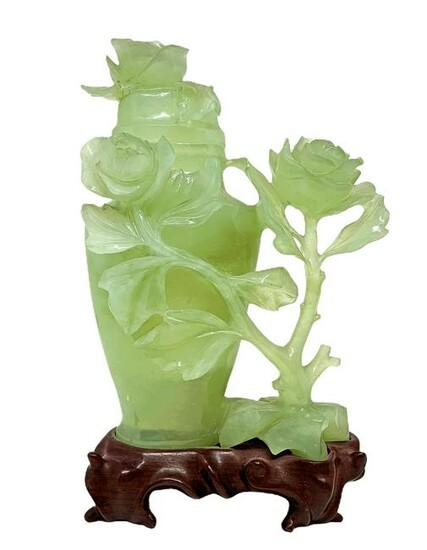 Jade polphomiums with floral decorations, China. H 19