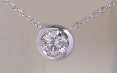 Pendant 14kt with a brilliant cut diamond 0.37ct