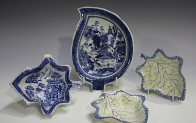 A pair of pearlware leaf shaped pickle dishes, late 18th/early 19th century, length 13.4cm, another