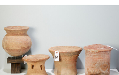 Bozo/Somono Peoples, (3) stools and a vessel