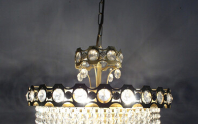 Crystal hanging lamp / chandelier from the 1960s / 70s.