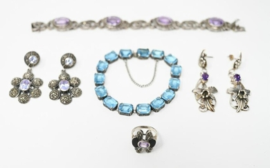 GROUPING OF VINTAGE STERLING & STONE JEWELRY